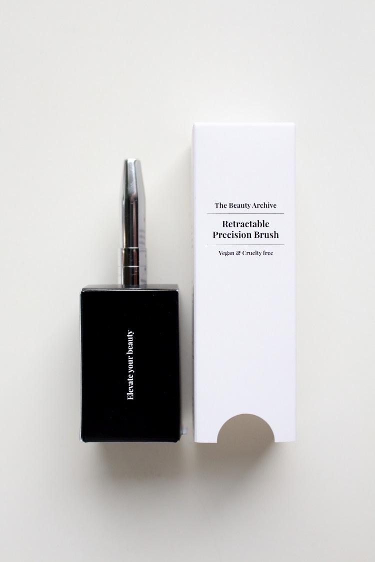 The Beauty Archive -Retractable Precision Brush